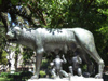 Argentina - Buenos Aires - Jardin Botanico, Carlos Thays, Palermo - The female wolf, feeding the baby twins Romulus and Remus,  founders of Rome - images of South America by M.Bergsma