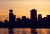 Canada / Kanada - Canada - Vancouver / YVR / YVD : Dusk at the Harbour Centre - Burrard inlet (photo by M.Torres)