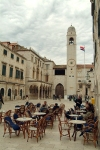 Croatia - Dubrovnik: winter cafe on Stradun - photo by J.Banks