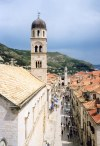 Croatia - Dubrovnik - walking to the Sponza palace - Stradun from the walls above the Pile gate (photo by M.Torres)