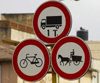 Eritrea - Asmara: traffic signs near the market - photo by E.Petitalot