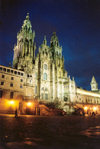 Galicia / Galiza - Santiago de Compostela: a Catedral à noite - Praça do Obradoiro - arquitectos: José Penha de Toro, Domingo de Andrade, Fernando Casas y Novea - Unesco world heritage site (photo by Miguel Torres)