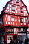 Germany / Deutschland - Boppard (Rhineland-Palatinate / Rheinland-Pfalz): red wood - timber framing on an old building | Fachwerk - photo by M.Torres