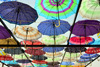 Erbil / Hewler, Kurdistan, Iraq: Shanadar Park - ceiling of umbrellas used to provide a shaded walkway, a ceiling of colour - photo by M.Torres