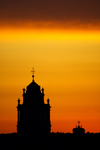 Lithuania - Vilnius: sunset - Baroque churches of Vilnius - photo by Sandia