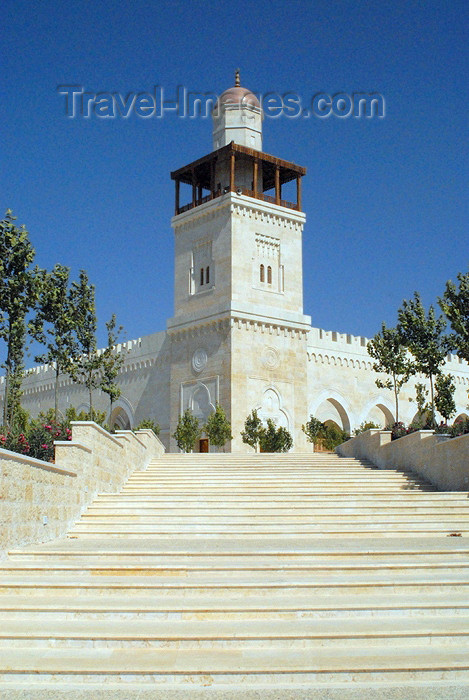 Amman - Jordan: King Hussein's Mosque - stairs - photo by M.Torres