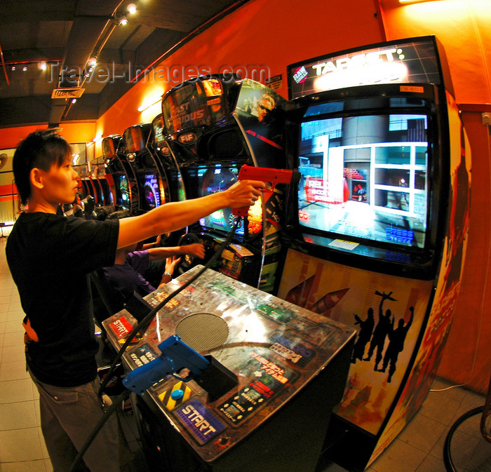 video game arcade and entertainment center penang malaysia photo by b lendrum travel. Black Bedroom Furniture Sets. Home Design Ideas