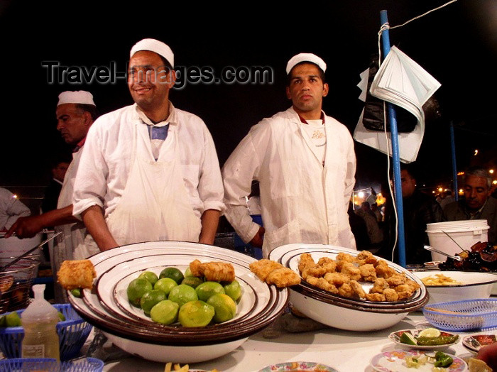 Morocco / Maroc - Marrakesh: nocturnal foodstalls at Djemaa el Fna square - photo by J.Kaman