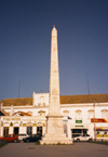 Portugal - Algarve - Faro / FAO: obelisk and Bivar palace - obelisco e o Palácio Bivar - photo by M.Durruti