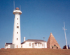Port Elizabeth / PLZ / PE, Eastern Cape province, South Africa: pyramid and lighthouse on Signal Hill - the Sir Dufane Donkin Museum - photo by M.Torres