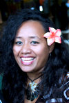 Samoa - Upolo - Apia: smiling woman with flower in hair - photo by D.Smith